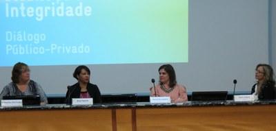 Debate promove troca de experiências sobre integridade e combate à corrupção