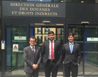 Profissionais da Receita Federal, do Serpro e do Aeroporto Internacional de Guarulhos fizeram parte da equipe que foi à França