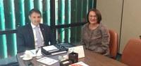Glória Guimarães visita a Câmara dos Deputados