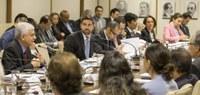 Governo discute Portal Único do Comércio Exterior