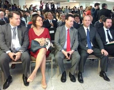 A diretora-presidente, Glória Guimarães, e o diretor de Relacionamento com Clientes, André de Cesero, participaram do evento