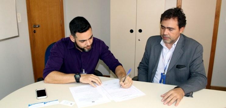 Assinatura contrato Radar São José dos Campos