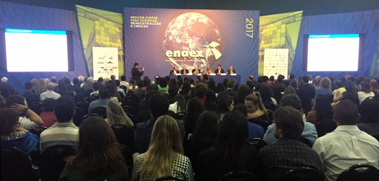 """Evento teve como tema """"Reduzir Custos para Exportar, Reindustrializar e Crescer"""""""