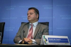 Diretor André de Cesero participou da abertura do VIII Simpósio Siads