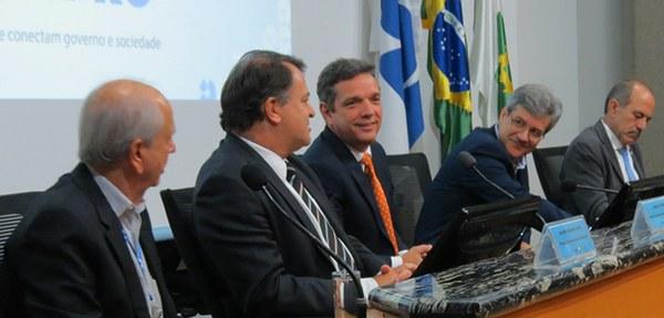Presidente Caio em reunião com o corpo funcional em Brasília (DF)