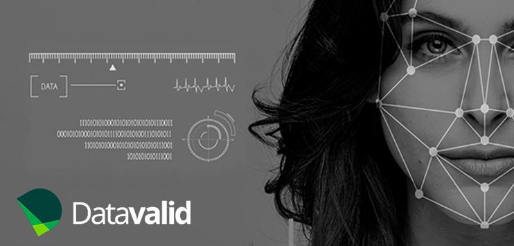 Imagem mostra estilização de rosto sendo escaneado para validação